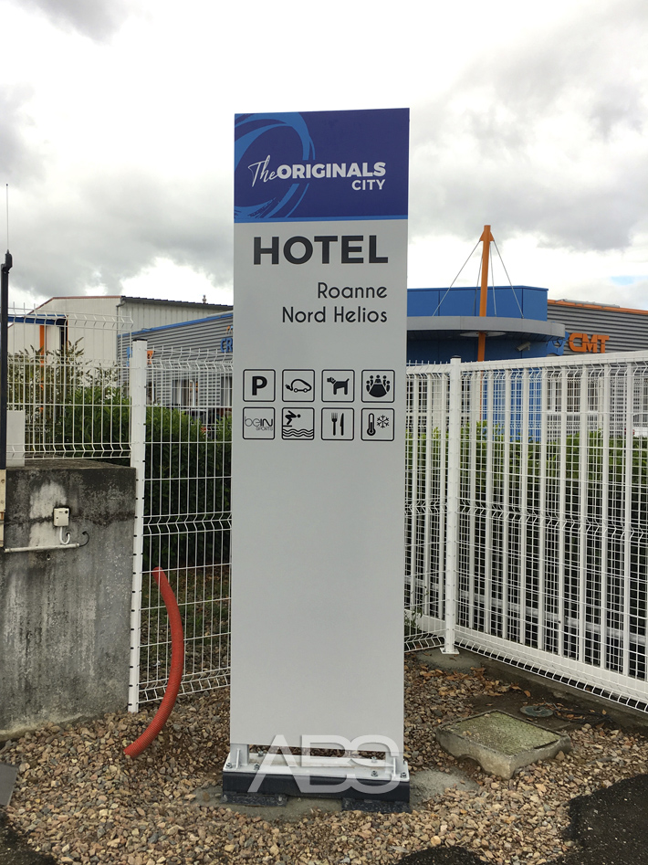 abs communication totem publicitaire hotel roanne mably 20190910
